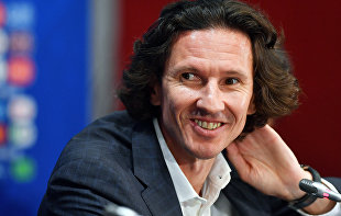 Former captain of the Russian national football team Alexei Smertin to hold workshop in Yubileiny Sports Palace as part of Children's Smiles program
